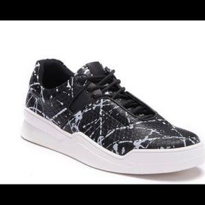 Steve Madden P-Waver Sport Sneaker